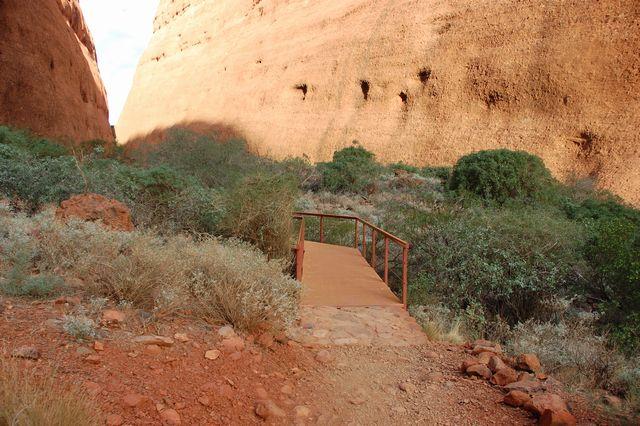 ウォルパ渓谷(Walpa Corge Walk)