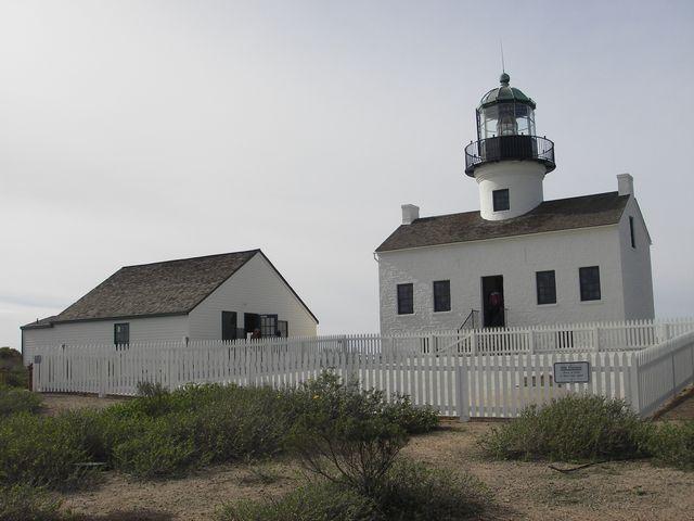 オールドポイントロマ灯台